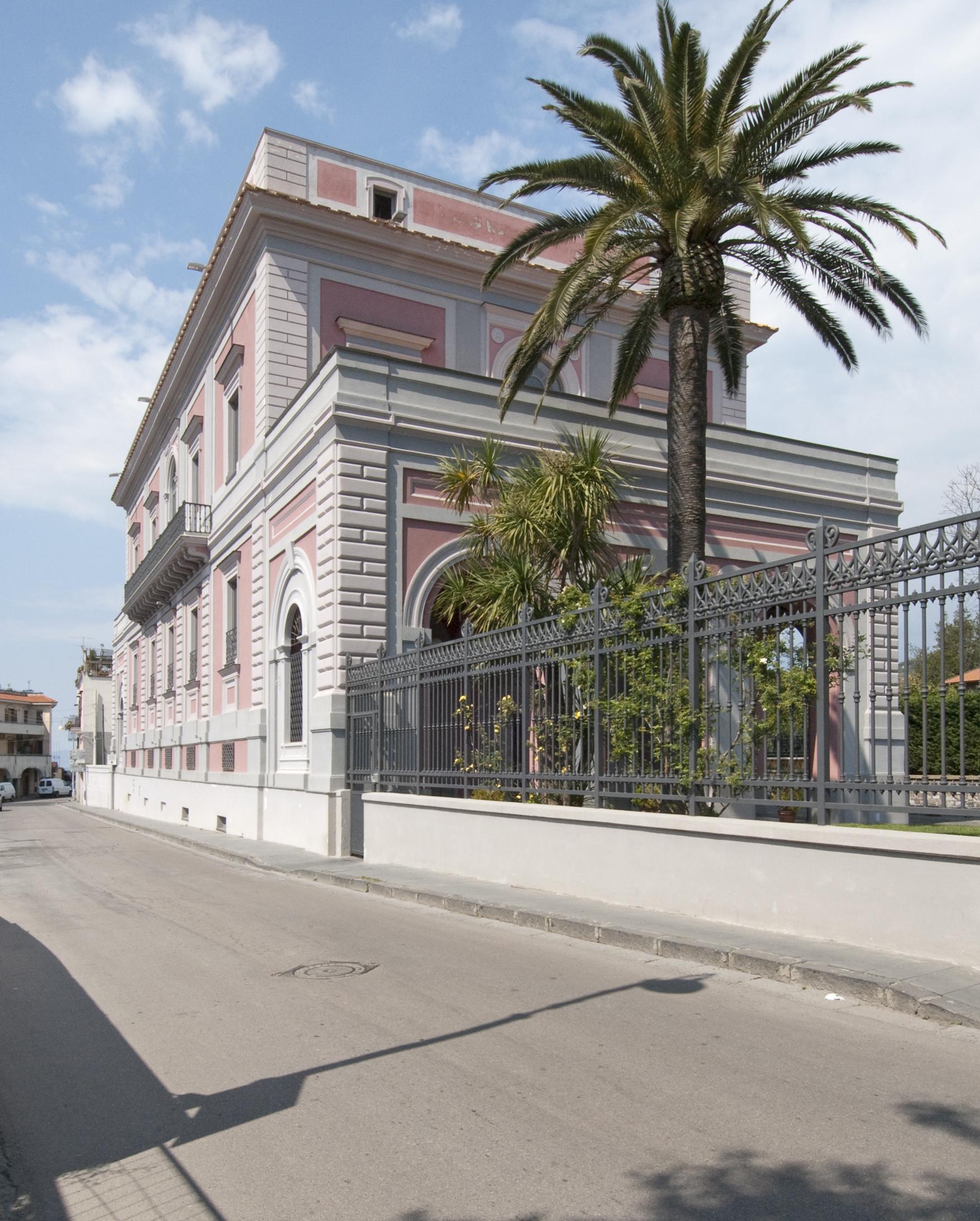 Villa de stefano piano di sorrento ben huser for Case in vendita sorrento