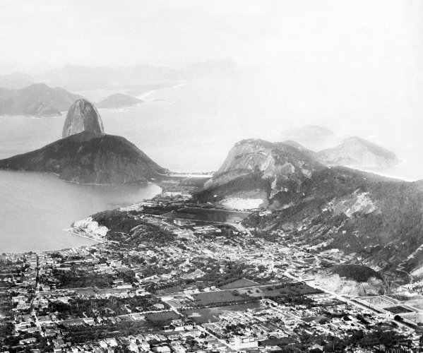 1885ca., Botafogo do topo do Corcovado