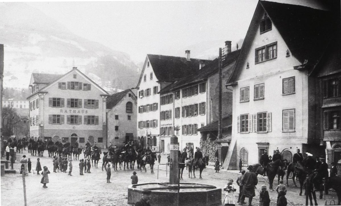 Dorfplatz.jpg 1,200*796 pixels